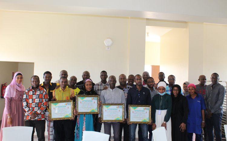 Remise d'attestation de reconnaissance aux employés de Mali Assistance Services